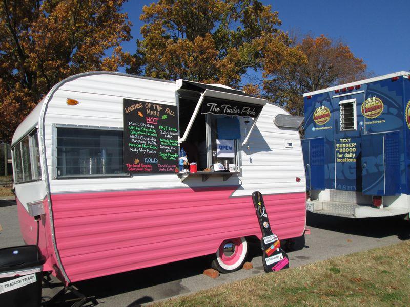 2012-11-10-the-trailer-perk-1